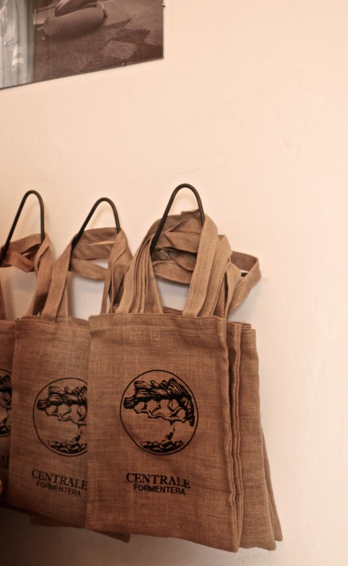 karolinedelaconcha-centrale-bag