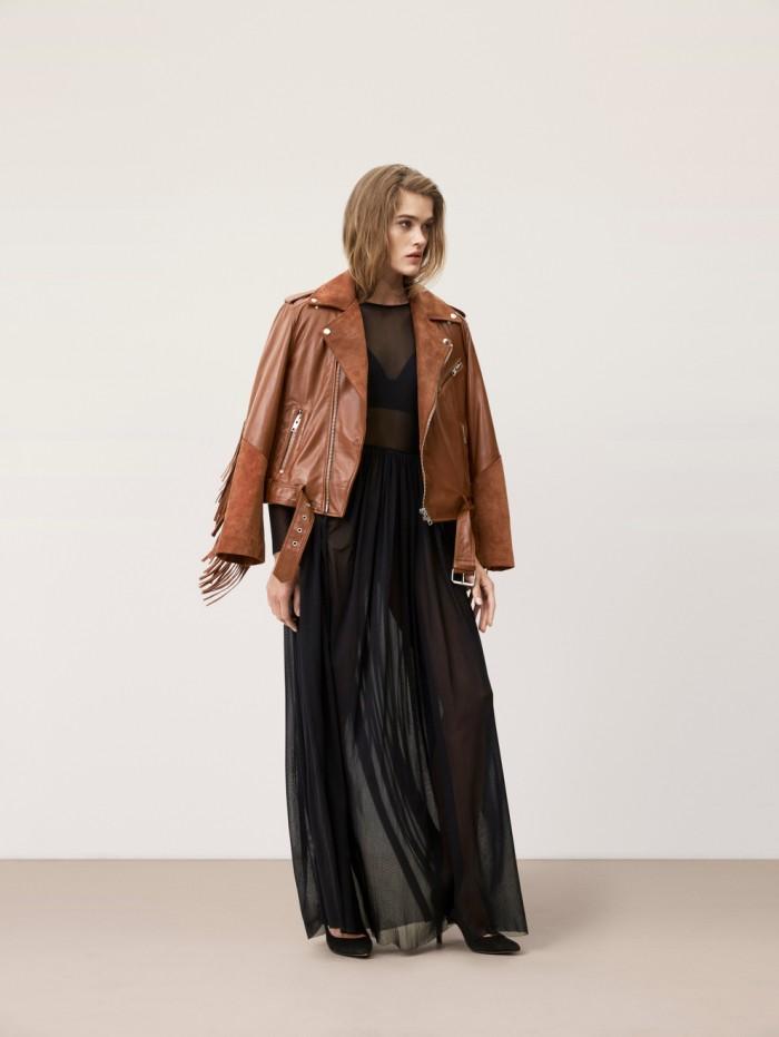 karolinedelaconcha-ganni-brown-leather-jacket