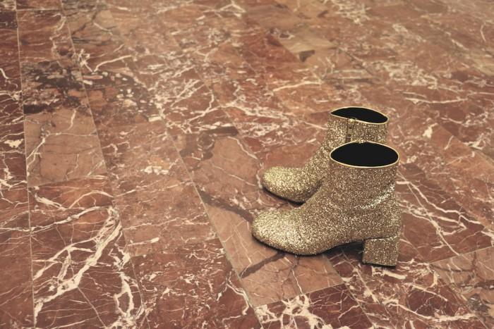 karolinedelaconcha-golden-boots