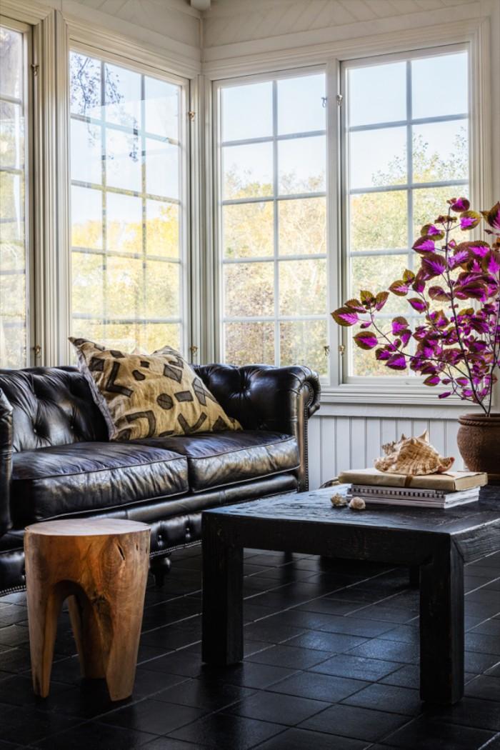 karolinedelaconcha-himma-skinn-soffa
