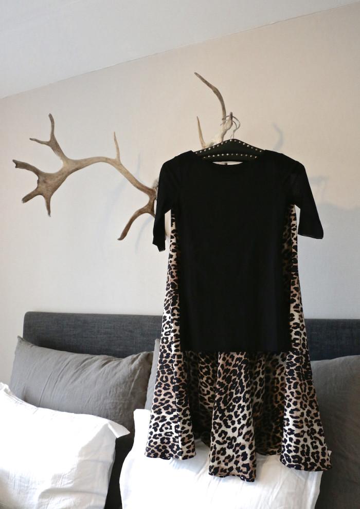 karolinedelaconcha-leoprad-skirt