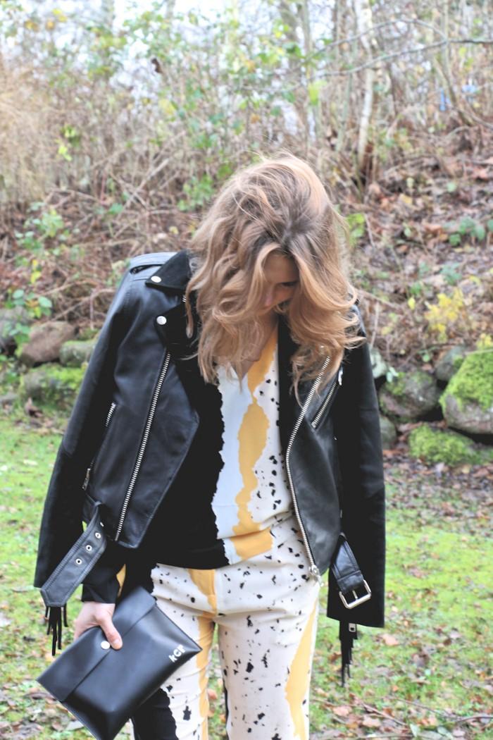 karolinedelaconcha-papercut-black-jacket-back-bag (1)