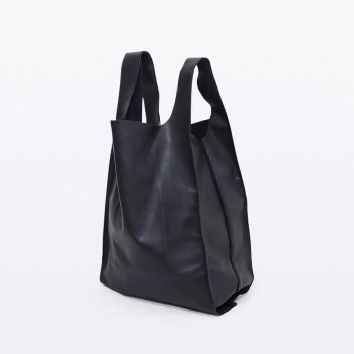 karolinedelaconcha-black-BDM